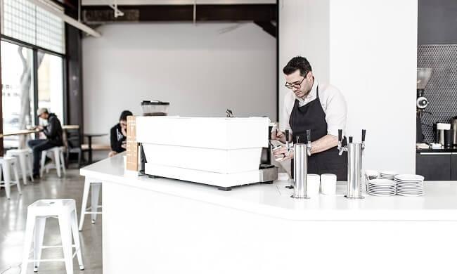 chto-nuzhno-dlja-otkrytija-kafe